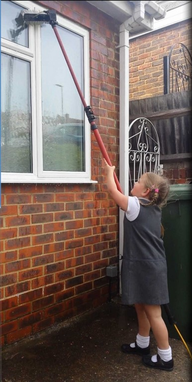 Tiny window cleaning company pinner middlesex HA5